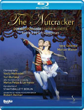 Tchaikovsky: The Nutcracker, ballet. Choreography by Vasily Medvedev & Yuri Burlaka after the historical version by Marius Petipa & Lev Ivanov / Iana Salenko, Marian Walter [Blu-ray]
